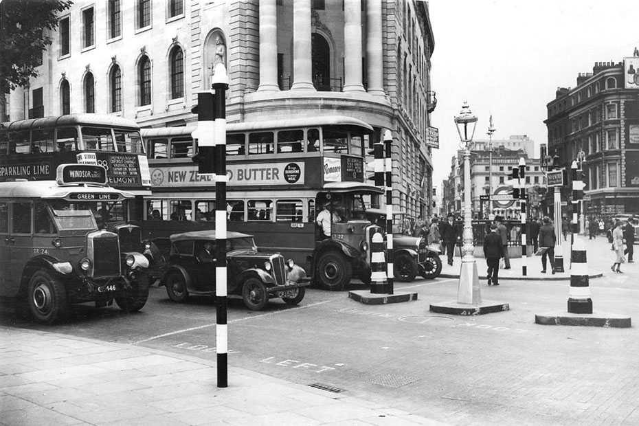 London, Trafalgar Square 1936