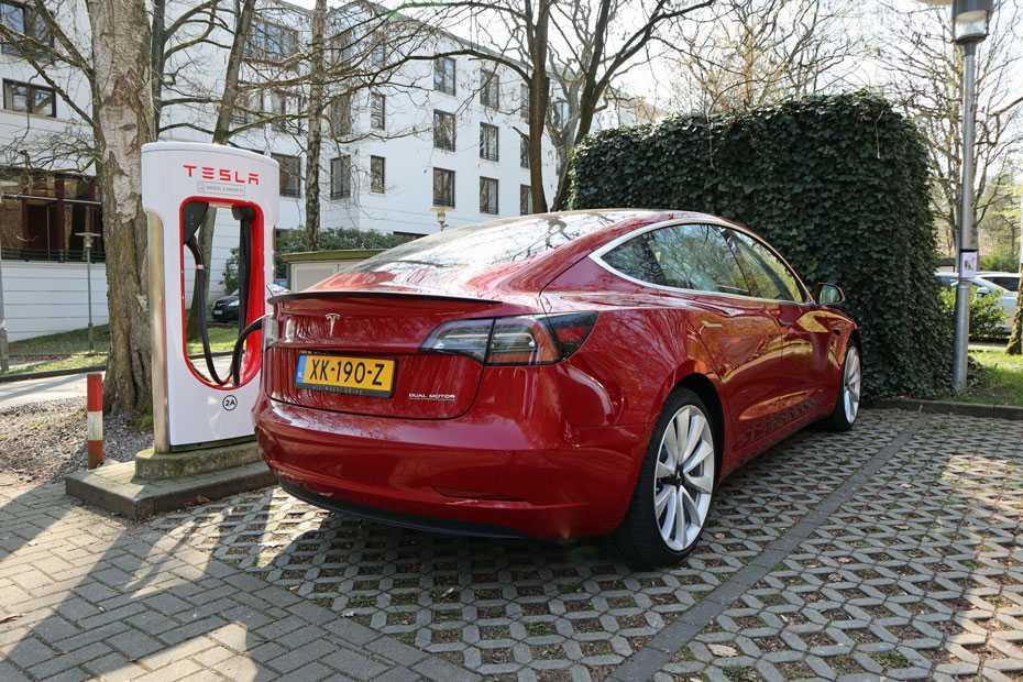 Ladestrom teurer als Dieselkraftstoff?
