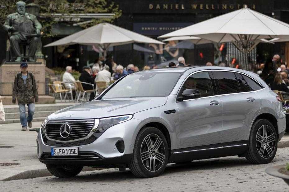 Mercedes ECQ 400