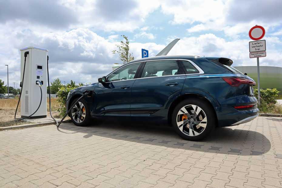 Fahrbericht Audi e-tron 55 quattro