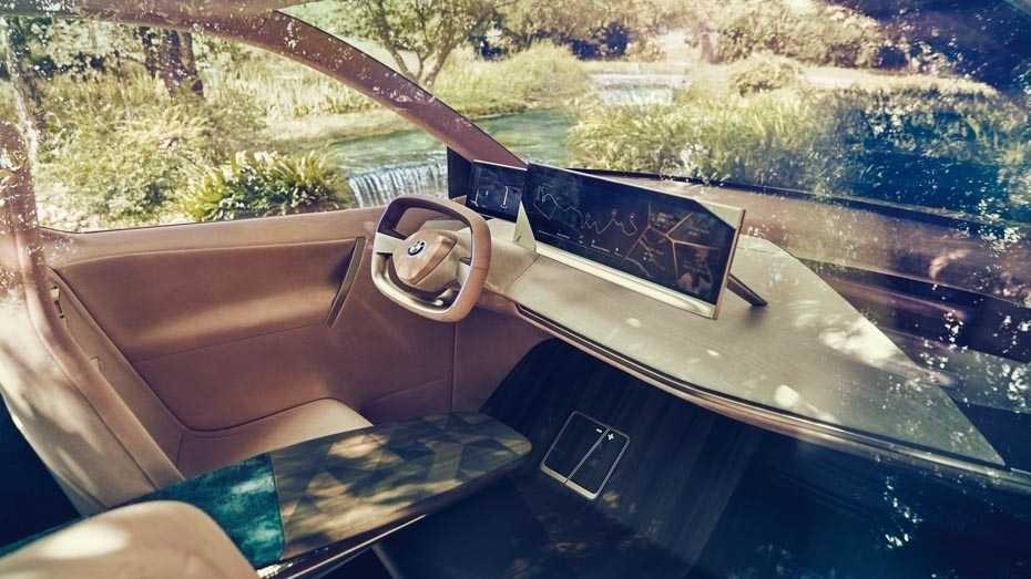 BMW zeigt neues Flaggschiff - Konkurrenten früher serienreif