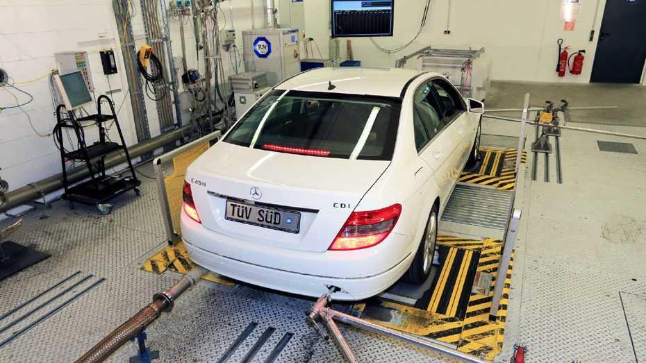 EU-Kommission: Abgas-Kartell von BMW, Daimler, VW