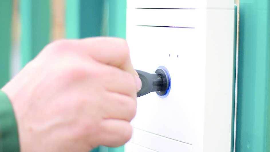 32C3: Verschlüsselung gängiger RFID-Schließanlagen geknackt