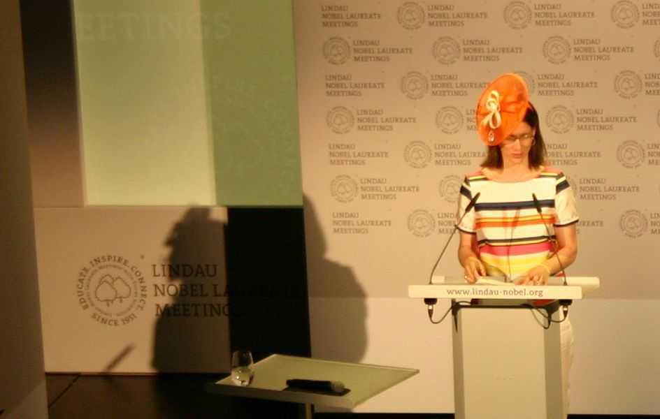 Gräfin Bettina Bernadotte eröffnet das 66. Treffen der Nobelpreisträger in Lindau