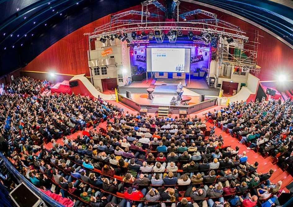 Eine der vielen außergewöhnlichen Bühnen der JavaLand-Konferenz