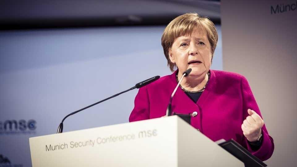 Merkel auf Münchner Sicherheitskonferenz: Auch Sicherheit ist vernetzt