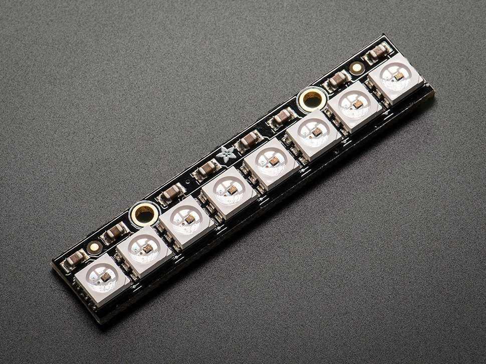 Ein Pixel-Stick mit 8 Komponenten