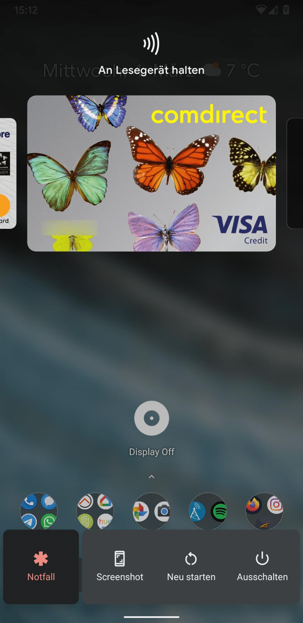 Zum Wechsel der Kreditkarte muss man Google Pay nicht mehr öffnen. Die Auswahl findet sich nun auch im Power-Menü.