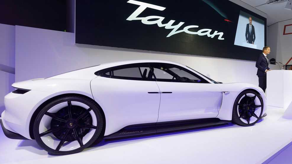 Porsches Elektroauto Taycan: Aus Mission E wird ein lebhaftes junges Pferd