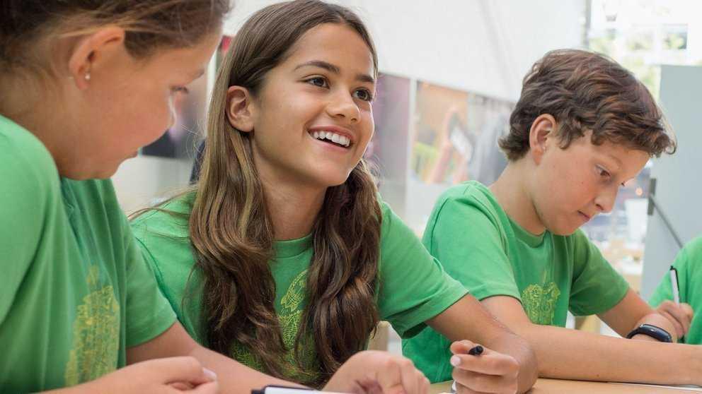 """Apple schickt Kinder ins """"Sommercamp"""""""